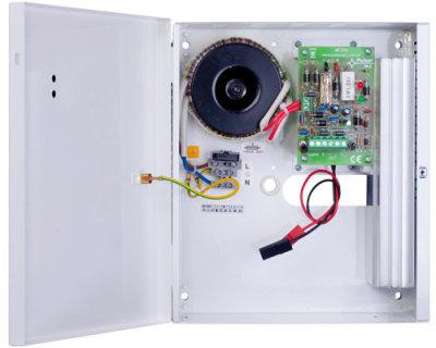AWZ-200 Zdroj v krytu s prostorem pro AKU 7Ah, výstupní proud 2A
