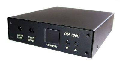 DM-100-S VHF/UHF demodulátor televizního signálu na audio/video