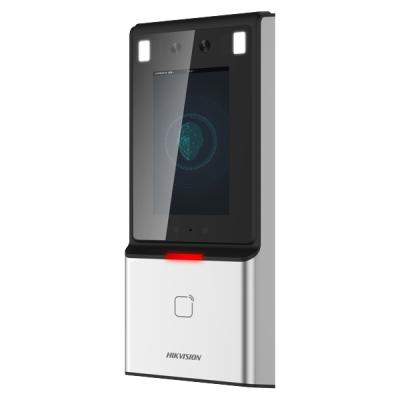 DS-K1T606M Terminál s rozpoznáním obličeje a čtečkou karet Mifare