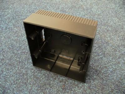 KNO-8M Krabice na omítku pro snímací terminály DALLAS i PROXI