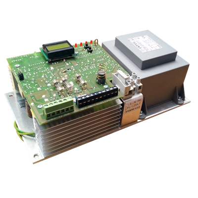 PWR-122/12 Modulární procesorem řízený zdroj pro EZS, výstupní proud 12A