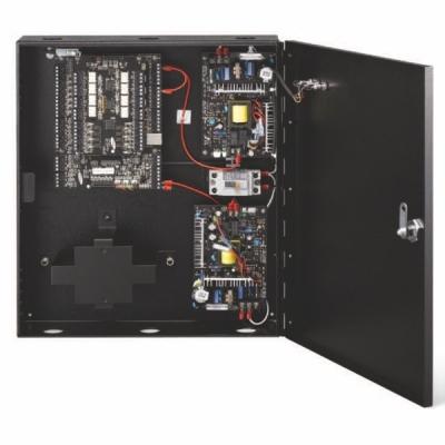 SSA-P420-T 4 dveřová řídící jednotka, 1-4 čtečky, 26/34bit Wiegand a TCP/IP
